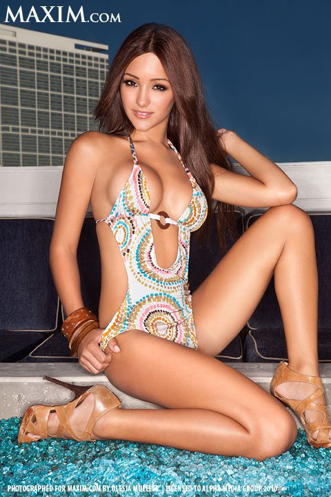 melanie-iglesias-photo-12.jpg